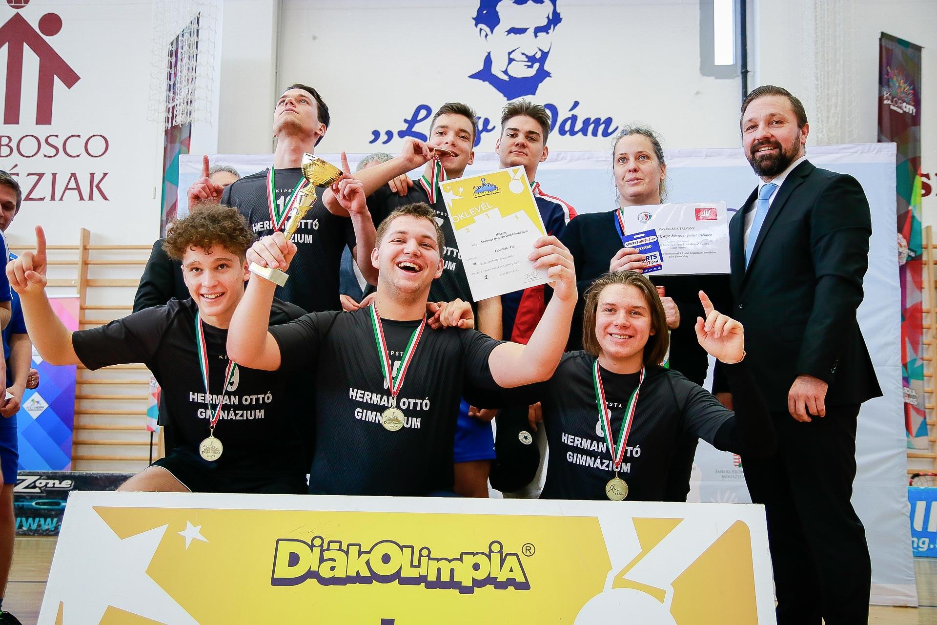 https://kolorcity.hu/Floorball Diákolimpia Országos Döntő - 1.nap
