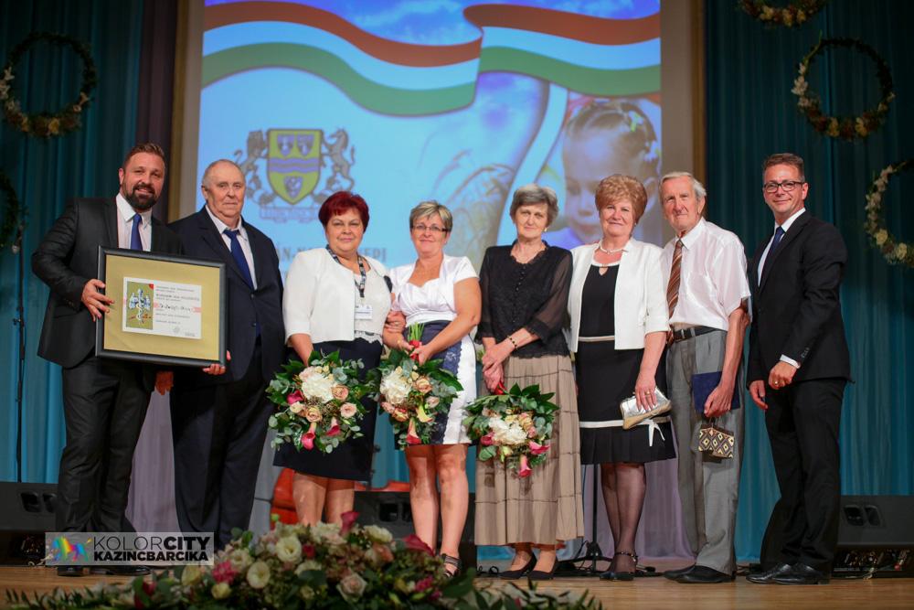 5. Kolorfesztivál - Szent István-napi ünnepi képviselő-testületi ülés, Buda Folk Band